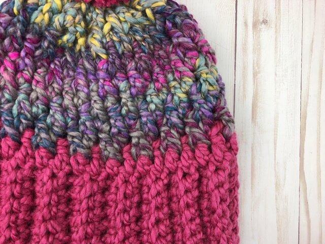 Closer look on the Denali Peaks crochet winter hat