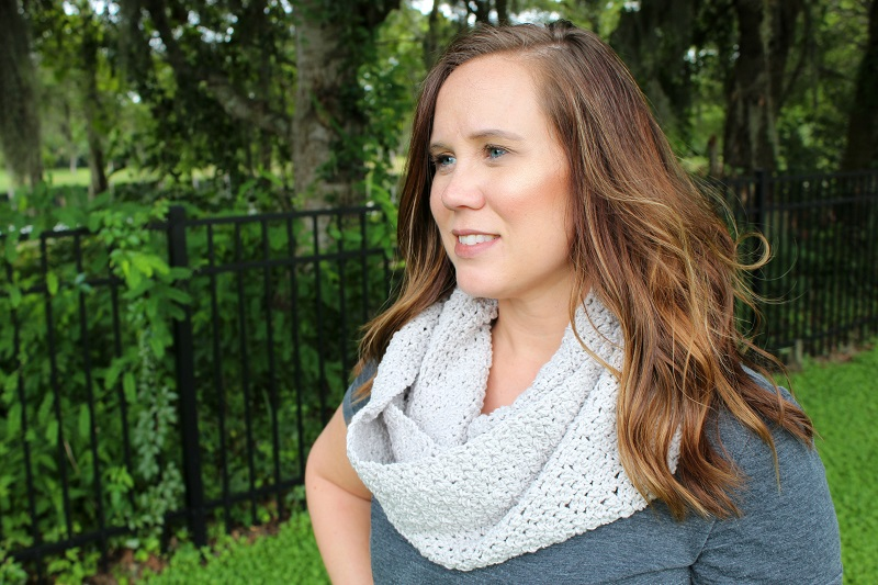 Michelle wearing the Friendship Infinity Scarf outdoors