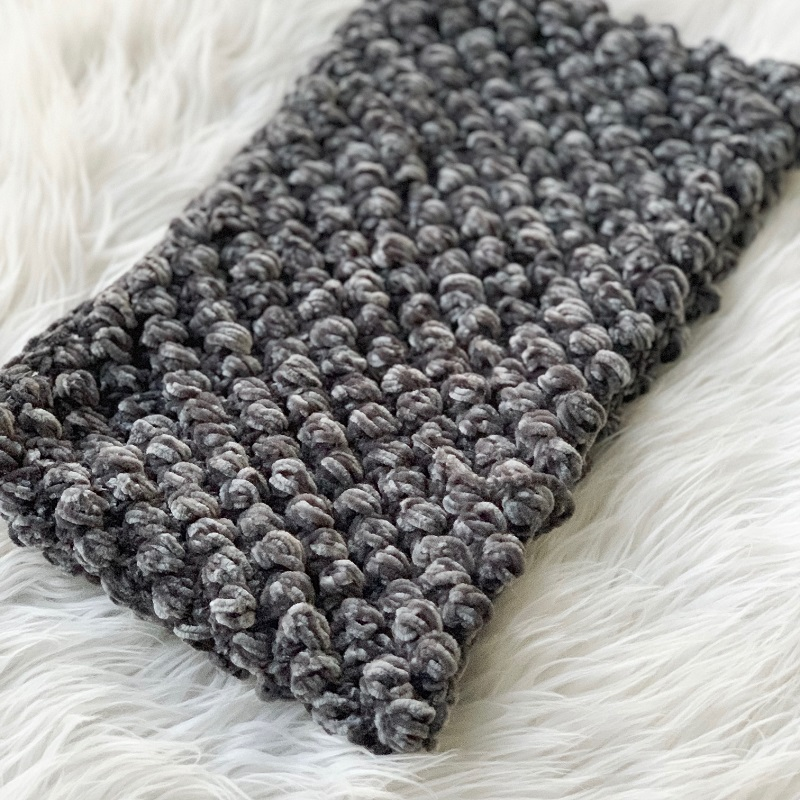 Close look at the finished crocheted Velvet Puff Cowl FREE Crochet Pattern