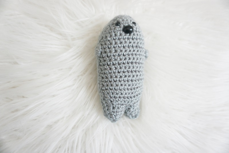 Image of the Amigurumi crochet seal from our FREE pattern