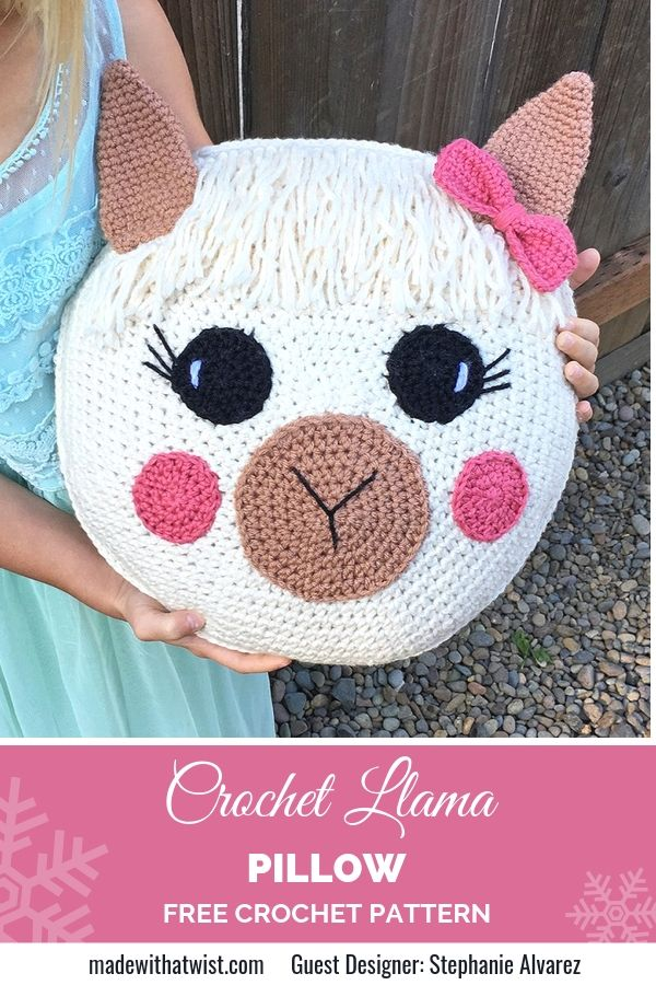 A Pinterest graphic for Crochet Llama Pillow FREE Crochet Pattern with a photo of an amigurumi animal's head