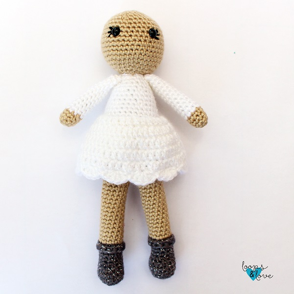 Photo of the crocheted amigurumi angel before adding the hair and other details