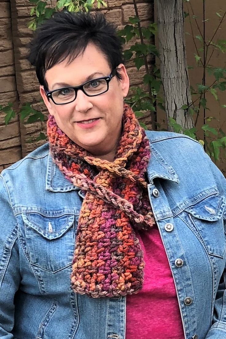 bountiful pull through scarf is a free crochet pattern from Made with a Twist